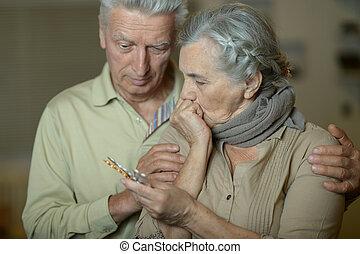 Senior, Stående, sjuk, par
