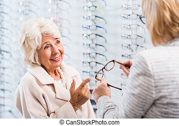 Friendly customer service at the optician's