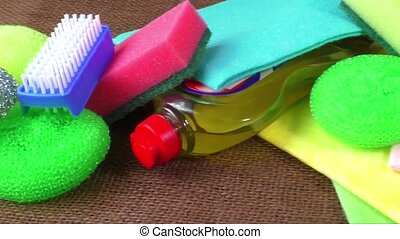 Wipes, colorful sponges for washing - Container with liquid...
