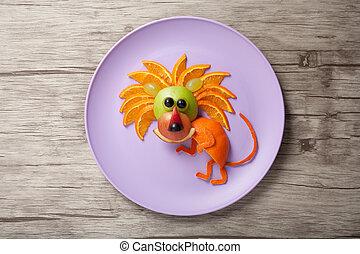 león, hecho, de, frutas, en, placa, y, de madera,...