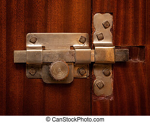 Latch - Frontal image of old steel latch