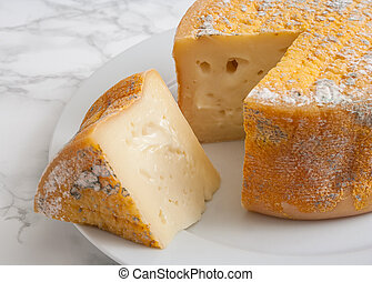 Torta de la Serena - A delicious soft sheep cheese straight...