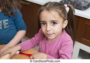 girls cooking - Beautiful and lovely brunette 4 years old...