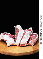 Preparation of lamb - Cutting lamb meat in the kitchen
