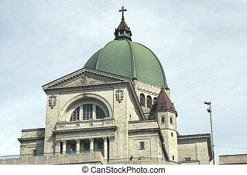 Saint Joseph Oratory, Canada - Details of a minor basilica...