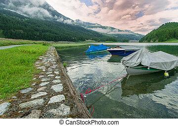 lmountain, ake, con, barcos, en, Engadin, Valle, en, suizo