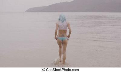 Sexy woman in blue wig and bikini. - Video of sexy beautiful...