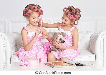tweenie girls in hair curlers with dog - Cute tweenie girls...