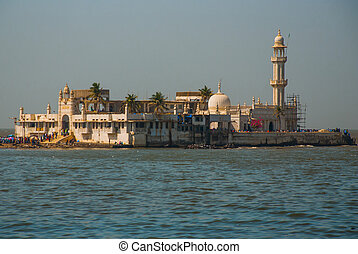 Mosque Haji Ali Mumbai, India - Mosque in middle of the sea...