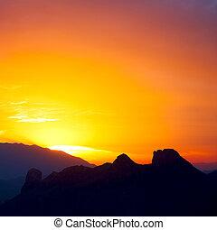 in oman sun falling down - the blurred sun falling down...