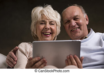 Discovering fun that internet can bring to their elderly...
