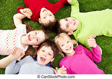 Happy children - Image of smiling young boys and girls...
