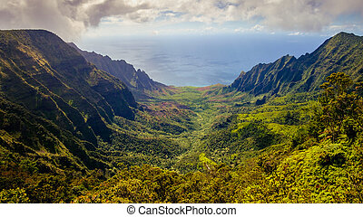 Panoramic landscape view of Kalalau valley and Na Pali...