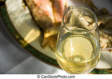 fish, Wino