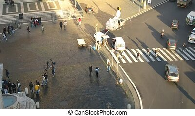 Time lapse Rome - Time lapse busy plaza in front of an...