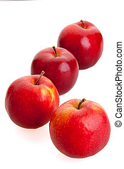 4 red apples