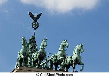 Pariser Platz street sign and brandenburg gate - Quadriga,...