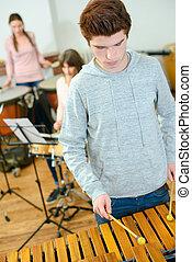xilofone, adolescente, aprendizagem,  plat