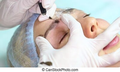 eyebrow Mikrobleyding - Mikrobleyding eyebrows workflow in a...