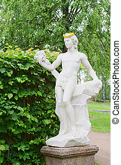 Kuskovo estate: Bacchus statue - Statue of antique god...
