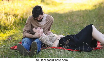 Young couple is resting - Young couple relaxing in nature