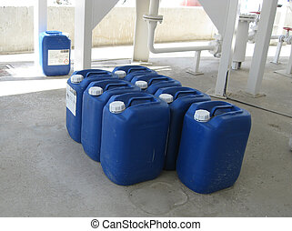 Canisters with ammonia. Equipment for primary oil refining.