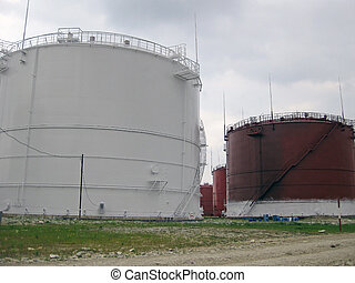 Tank the vertical steel. Capacities for storage of oil...