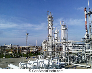 The oil refinery - Equipment for primary oil refining.