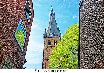 Saint Lambertus Basilica in Old city center of Dusseldorf -...