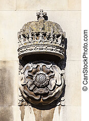 Crown and Tudor Rose Carving at King's College Cambridge - A...