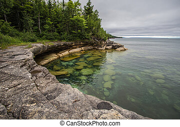 Cove On The Coast Of Lake Superior - Cliff on the shores of...