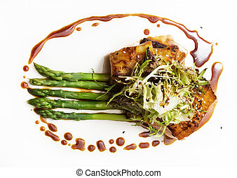 Seabass fillet with asparagus