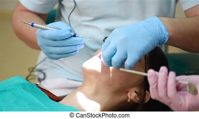 Dentist Making Teeth - Dentist Making Professional Teeth...