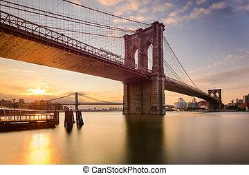 Brooklyn Bridge at Dawn - Brooklyn Bridge in New York City...