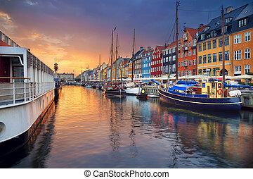 Copenhagen, Nyhavn Canal. - Image of Nyhavn Canal in...