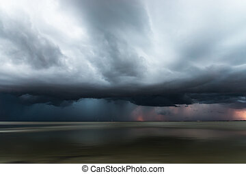 Cloudscape scene before a rainfall