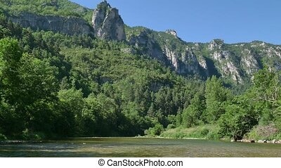 Gorges And Canyon In France - Quiet boat ride on river Tarn...