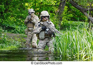 acción, soldados, verde, boinas