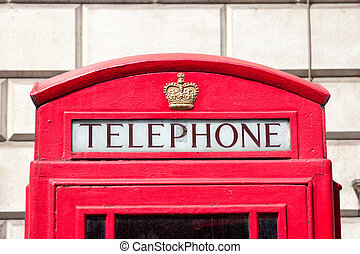 Red telephone box London - Traditional red telephone box in...