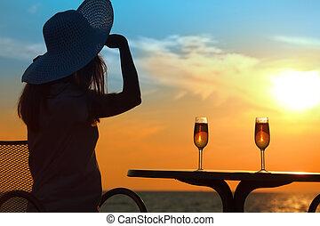 femininas, silueta, pôr do sol, atrás de,...