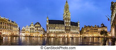 Brussels grand place panorama - Brussels grand place...
