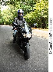 motociclista, Va, camino, frente, vista