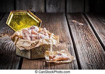 Sweet angel wings in vintage box