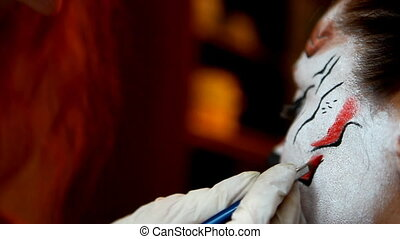Paint artistic make up