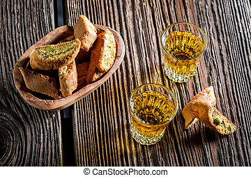 Crispy cantucci with Vin Santo