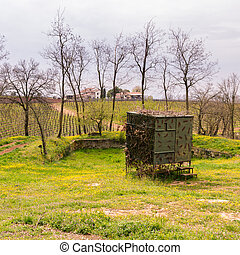 Camouflaged hut used to hunt migratory birds. - Camouflaged...