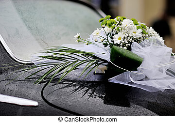 flowers arrangement on retro car, happy wedding day