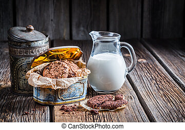 Milk and hazelnut cookies for breakfast