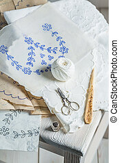 Embroidered napkins with white thread