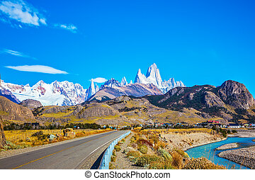 The sunny autumn day in Patagonia - The road to majestic...